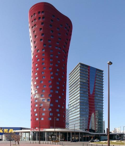 舞动的红色旋律——巴塞罗那Porta Fira酒店