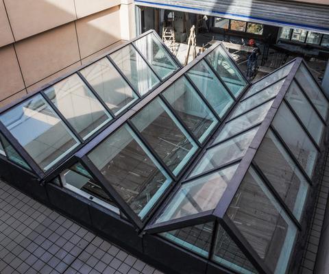 LandVac真空玻璃